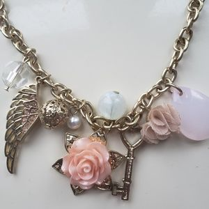 Jewelry - Pendant Fashion Necklace
